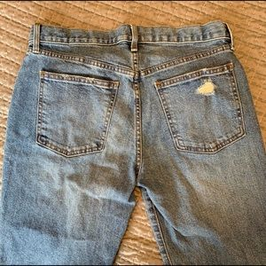 GAP Jeans - **Like New** GAP Best Girlfriend Distressed Jeans